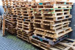 Free Wooden Pallet Royalty Free Stock Images - 23614139