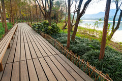 Wooden pathway, West Lake park in Hangzhou Stock Photos