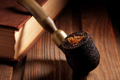 Wooden Pipe and Tobacco Royalty Free Stock Photos