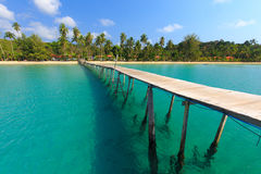 Free Wooden Pontoon In Tropical Sea Stock Photography - 67588552