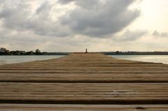 Wooden pontoon on the lake Royalty Free Stock Photos