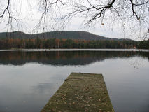 Wooden pontoon and lake in the Vosges Royalty Free Stock Photos