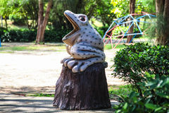 Wooden Sculpture of Frog Stock Photography