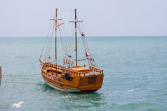 Wooden ship on the sea background Royalty Free Stock Photography