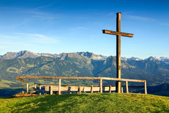 Free Wooden Summit Cross With Scenic View To Mountain Range Royalty Free Stock Image - 87082356