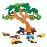 Wooden tree toy with birds Royalty Free Stock Photography