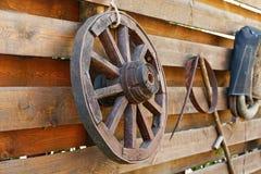 Wooden wagon wheel Royalty Free Stock Photos