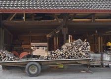 Woodfire op aanhangwagen Stock Afbeelding