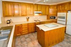 Woodgrain keuken Stock Afbeelding