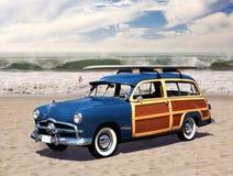 Woodie op het strand Royalty-vrije Stock Afbeelding