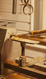 Woodlathe, compassos de calibre, e formão Imagens de Stock Royalty Free