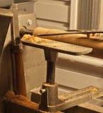 Woodlathe, compassos de calibre, e formão Fotos de Stock