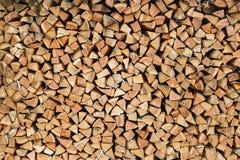 Woodpile, Blockwinde, Brennholz, sägte Bäume, Hintergrund, Beschaffenheitsholz Lizenzfreies Stockbild
