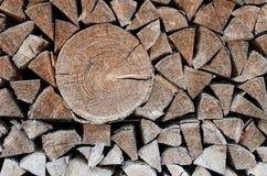 Woodpile des Feuerholzes Lizenzfreies Stockbild