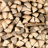 Woodpile des Feuerholzes Lizenzfreie Stockfotos