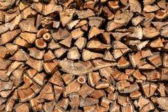 Woodpile drewno od owocowych drzew zdjęcia stock