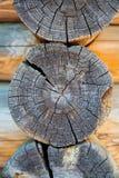 Woodpile im Kapitel stockbild
