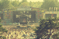 Woodstockfestival, grootste vrij de rockfestival van het de zomer openluchtkaartje in Europa, Polen stock foto