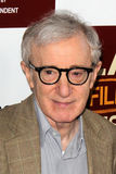 Woody Allen llega   Fotos de archivo libres de regalías