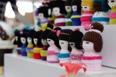 woolen dockor på den japanska festivalen Arkivbild