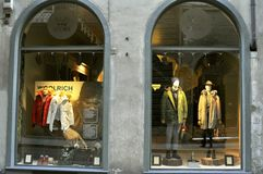 Woolrich-Modeshop in Florenz, Italien Stockbild