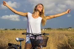 Wooman free bicycle country Stock Photos