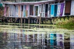 Woonboten, de drijvende luxehotels in Dal Lake, Srinagar.India Royalty-vrije Stock Fotografie