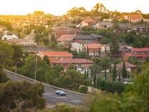 Woonhuizen in de voorstad van Melbourne ` s Mooneevallei, VIC Australia Stock Fotografie