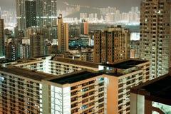 Woonwijk bij nacht in Hong Kong Stock Afbeeldingen