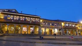 Woonwijk in het belangrijkste vierkant van Cusco stock foto's