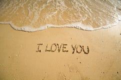 Woorden I houden van u op het strand Stock Foto