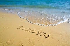 Woorden I houden van u op het strand Stock Foto's
