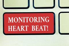 Word écrivant le battement de coeur de surveillance des textes Concept d'affaires pour la mesure ou enregistrer la fréquence card photos stock