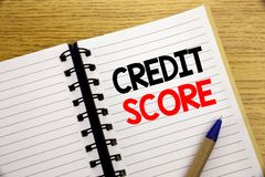 Word, écrivant le score de crédit Concept d'affaires pour le disque financier d'estimation écrit sur le bloc-notes avec l'espace  Photographie stock libre de droits