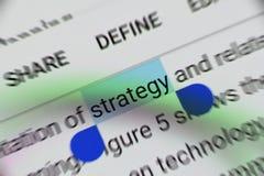 """Word """"stratégie """"choisie et accentuée digitalement sur l'écran de visualisation mobile image stock"""