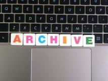 Word Archief op toetsenbordachtergrond royalty-vrije stock foto's