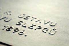 Word blind in Tsjechische taal maakte het schrijven brieven voor blinde die mensen in reliëf vóór Braille-systeem worden gebruikt stock foto's