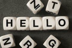 Word bonjour sur des cubes en jouet Photographie stock libre de droits