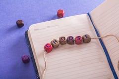 Word choisissent sur les cubes en bois photos stock
