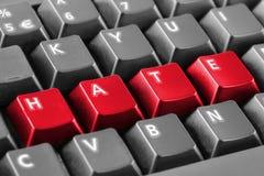 Word haat met toetsenbordknopen die wordt geschreven Stock Foto