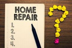 Word het schrijven de Reparatie van het teksthuis Bedrijfsconcept voor onderhoud of het verbeteren van uw eigen huis door zich di royalty-vrije stock afbeeldingen