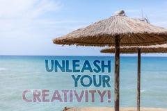 Word het schrijven de tekst laat Uw Creativiteitvraag los Bedrijfsconcept voor Develop Persoonlijk de Wijsheids Blauw strand van  royalty-vrije stock afbeelding