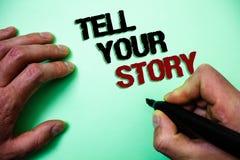 Word het schrijven de tekst vertelt Uw Verhaal Bedrijfsconcept voor het uitdrukken van uw gevoel die schrijvend uw biografie Groe stock afbeelding