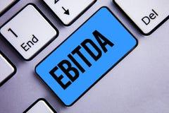 Word het schrijven tekst Ebitda Het bedrijfsconcept voor Inkomens vóór de Afkorting van de de Waardeverminderingsamortisatie van  royalty-vrije stock afbeeldingen