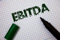 Word het schrijven tekst Ebitda Bedrijfsconcept voor Inkomens vóór van de de Waardeverminderingsamortisatie van Rentebelastingen  stock afbeelding