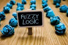 Word het schrijven tekst Fuzzy Logic Bedrijfsconcept voor controles voor omvang van vuil en vethoeveelheid zeep en waterbord crum royalty-vrije stock foto's