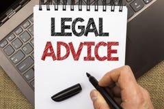 Word het schrijven tekst Juridisch Advies Bedrijfsdieconcept voor Aanbevelingen door advocaat of van de wetsadviseur deskundige w stock foto