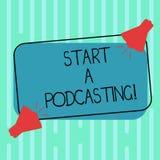 Word het schrijven tekstbegin een Podcasting Bedrijfsconcept voor voorbereiding en verspreiding van audiobestanden die de Megafoo royalty-vrije illustratie