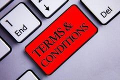 Word het schrijven tekstvoorwaarden  Het bedrijfsconcept voor Wettelijke van de Ontkenningsbeperkingen van de Wetsovereenkomst de stock afbeeldingen