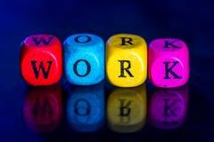 Word ` het werk ` van de gekleurde houten geïsoleerde kubussen Royalty-vrije Stock Afbeelding